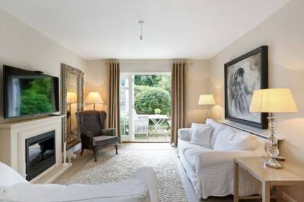 2 Bedroom Apartment, St Andrews Road, Henley On Thames