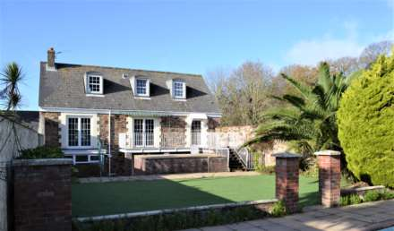 5 Bedroom Detached, Mont Cambrai, St Lawrence