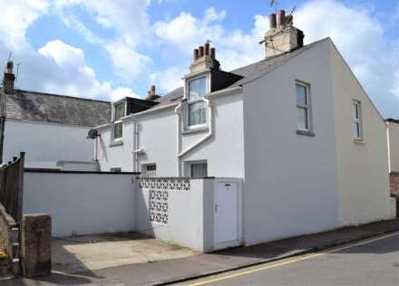 2 Bedroom Semi-Detached, Tunnell Street, St Helier