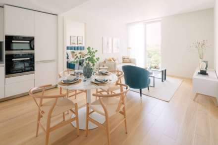 1 Bedroom Flat, Lillie Square, Fulham