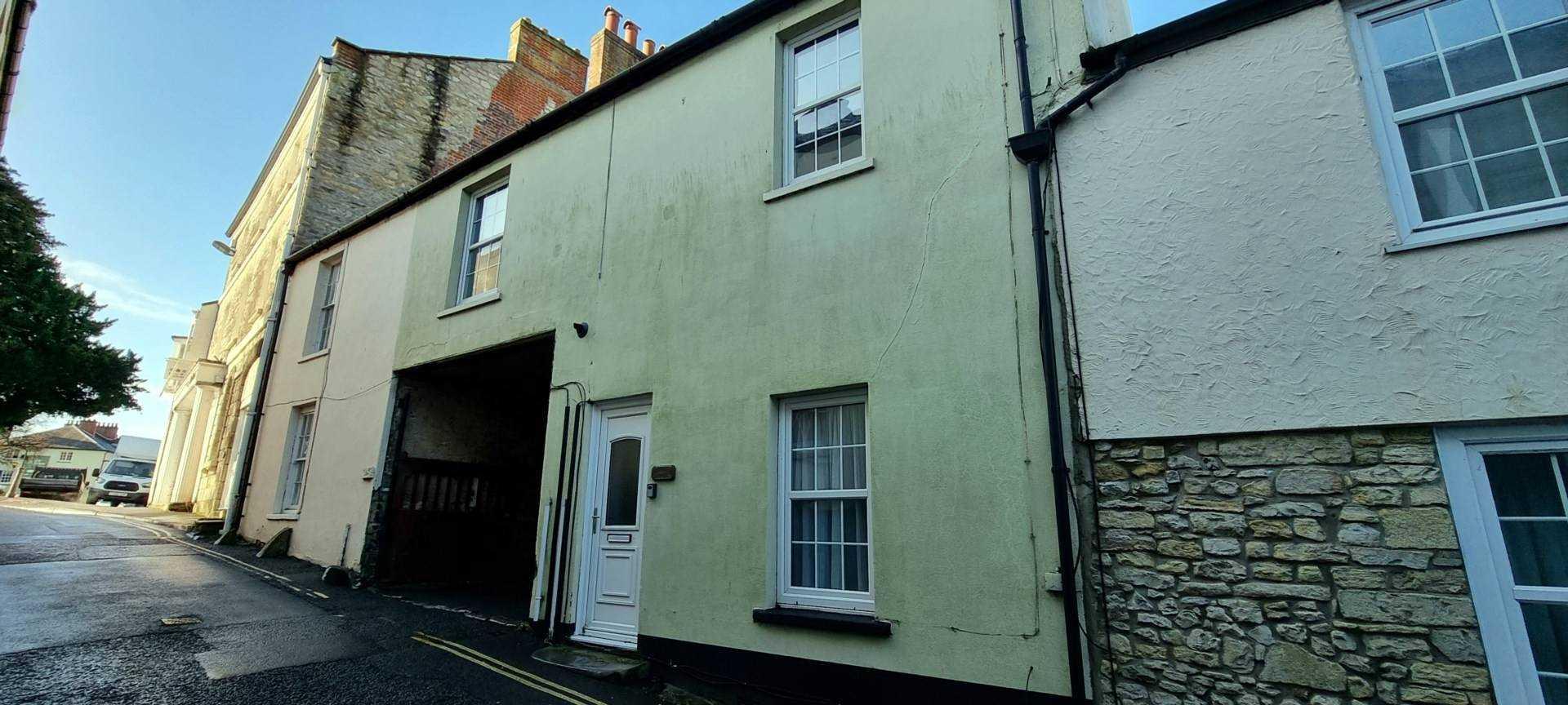 Castle Street, Axminster, Image 1