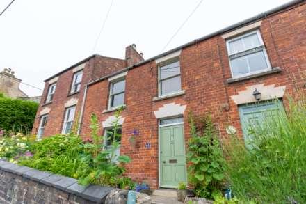 3 Bedroom Terrace, Rodborough Hill, Rodborough
