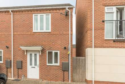 2 Bedroom End Terrace, Verney Road, Banbury