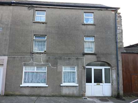 3 Bedroom Commercial Property, O`Neill Street, Clonmel, Co. Tipperary.