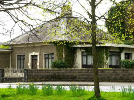 House, Parkside, Carrick-On-Suir, Co. Tipperary