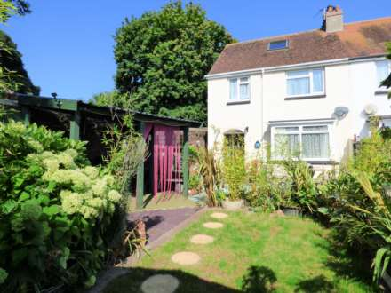 4 Bedroom Semi-Detached, Monastery Road, Paignton