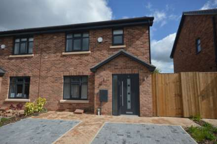 3 Bedroom House, Montreaux Gardens, Bramhall