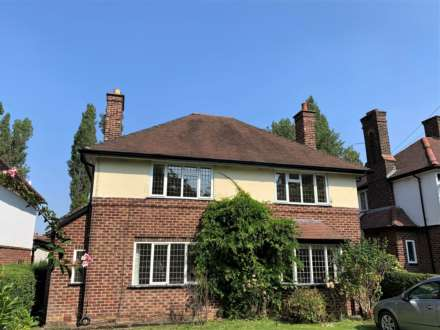 4 Bedroom House, Bramhall Park Road, Bramhall