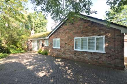 4 Bedroom Detached Bungalow, Woodford Road, Bramhall