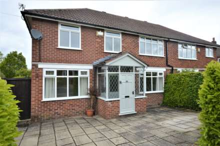 3 Bedroom House, Glandon Drive, Cheadle Hulme