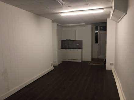 Property For Rent Lower Addiscombe Road, Shirley, Croydon