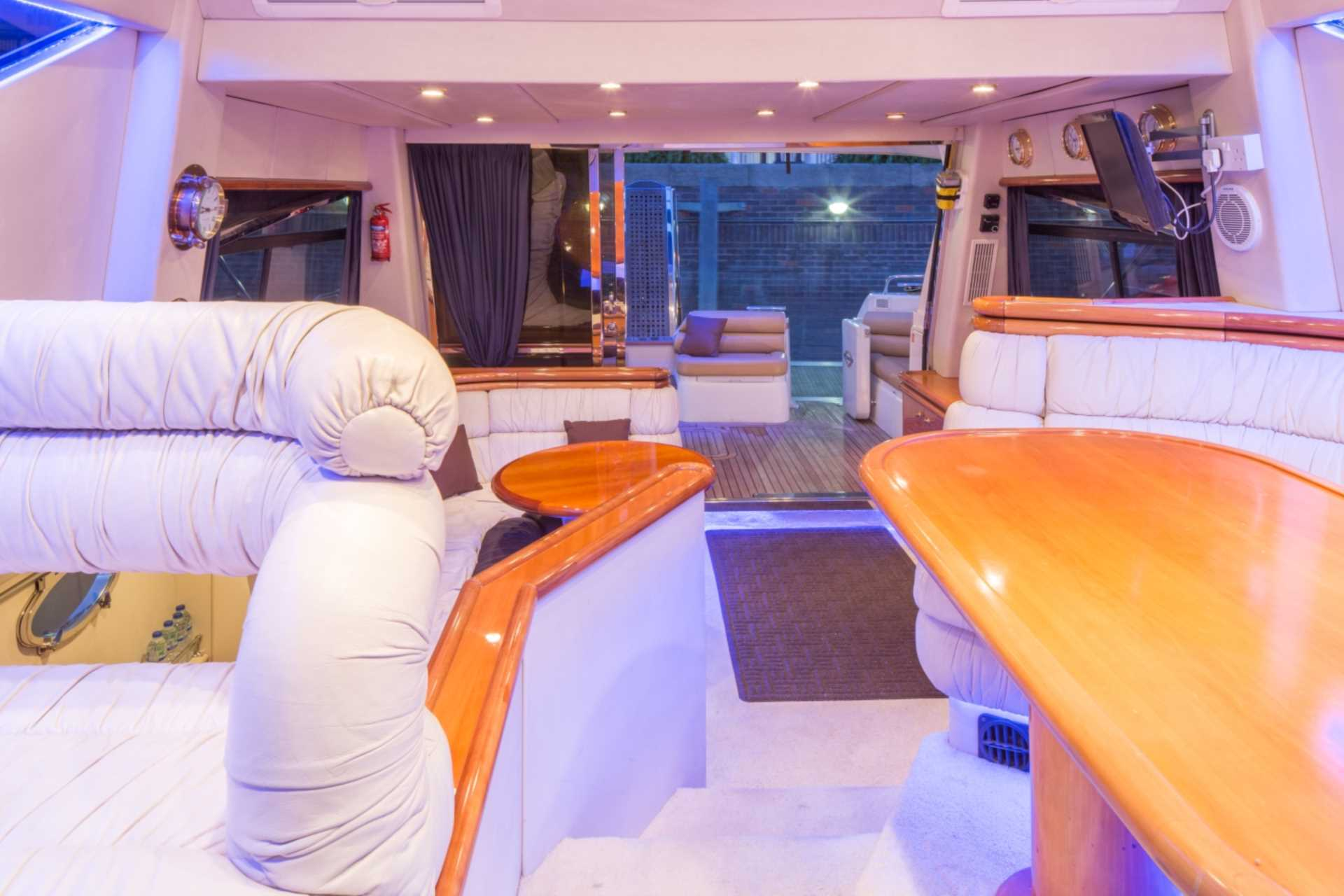 Sale of Vantage Yachts charter business & the Sunseeker Manhattan 54, Image 6