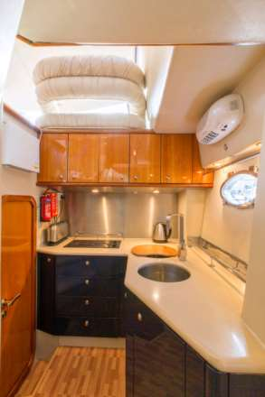 Sale of Vantage Yachts charter business & the Sunseeker Manhattan 54, Image 4
