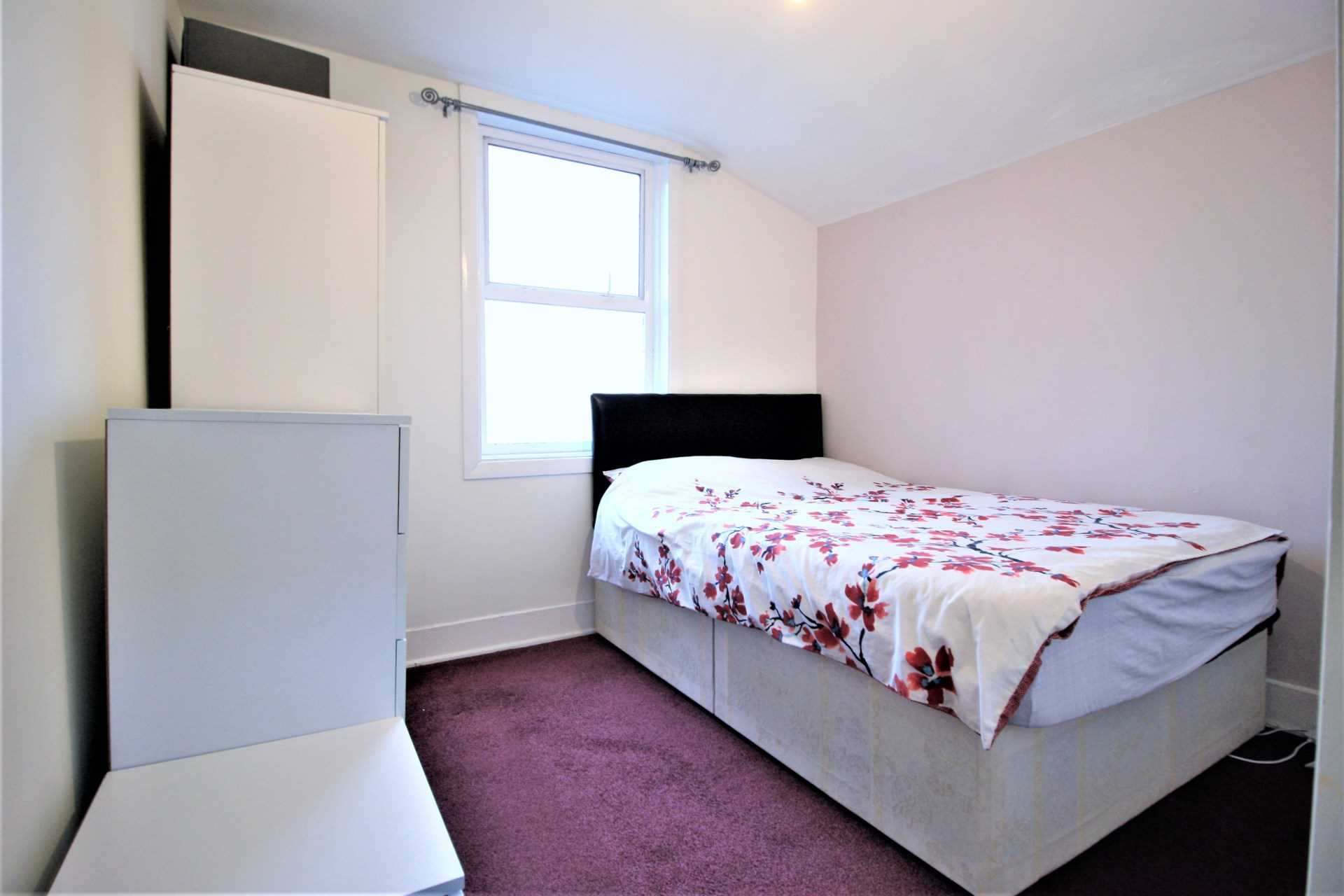Studley Road, Forest Gate, E7, Image 9
