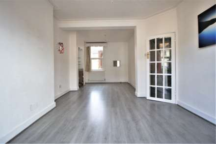 Property For Rent Kenneth Road, Chadwell Heath, Romford