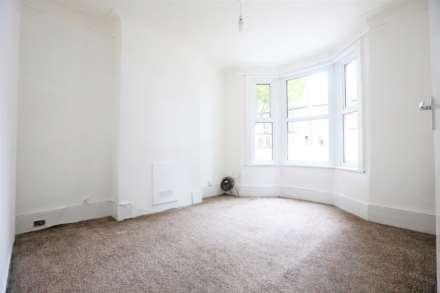 4 Bedroom Terrace, Creighton Avenue, East Ham
