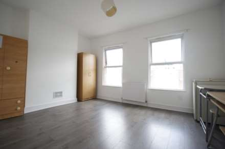 3 Bedroom Terrace, Newman Road, London, E13