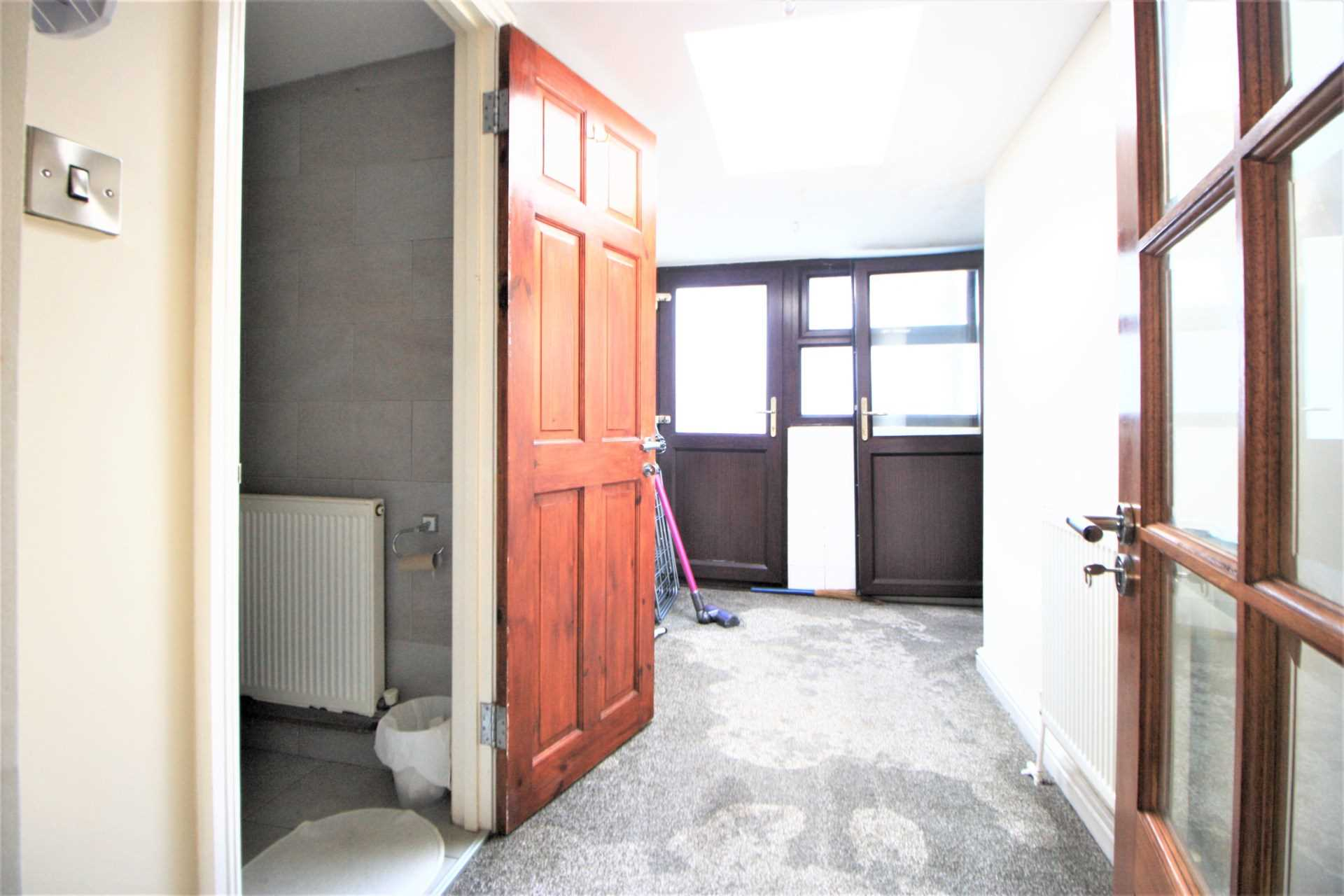 Romford Road, Forest Gate, E7, Image 6