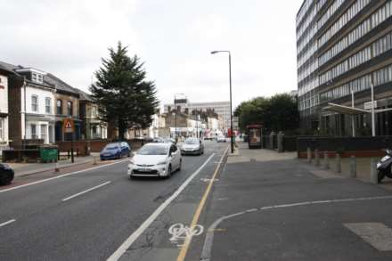Romford Road, Forest Gate, E7, Image 8