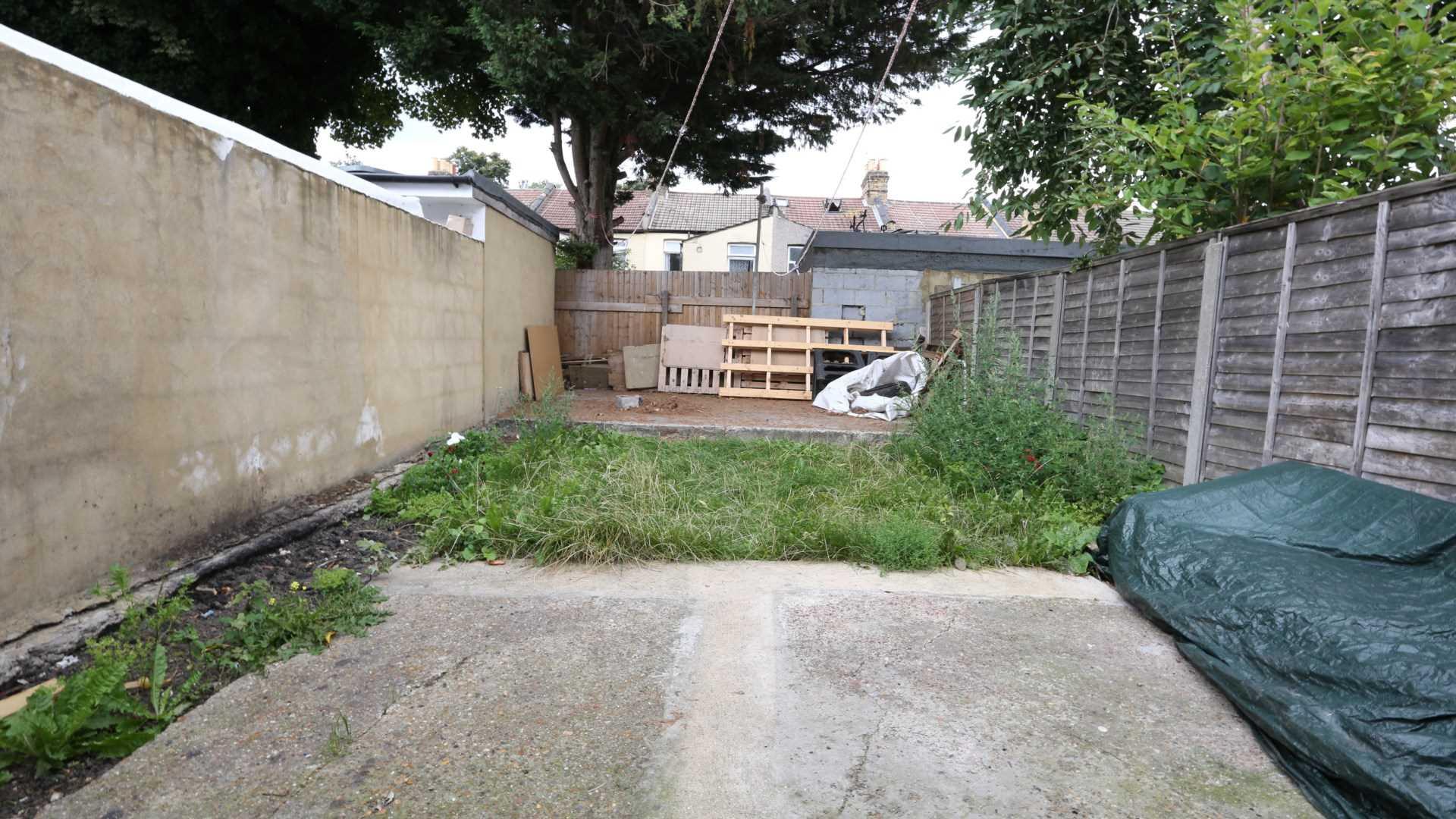 Halley Road, Manor Park, London E12, Image 9