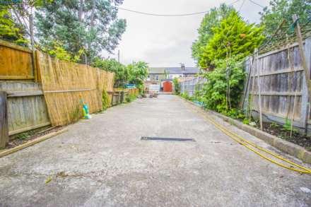 Manor Park Road, London, E12, Image 13