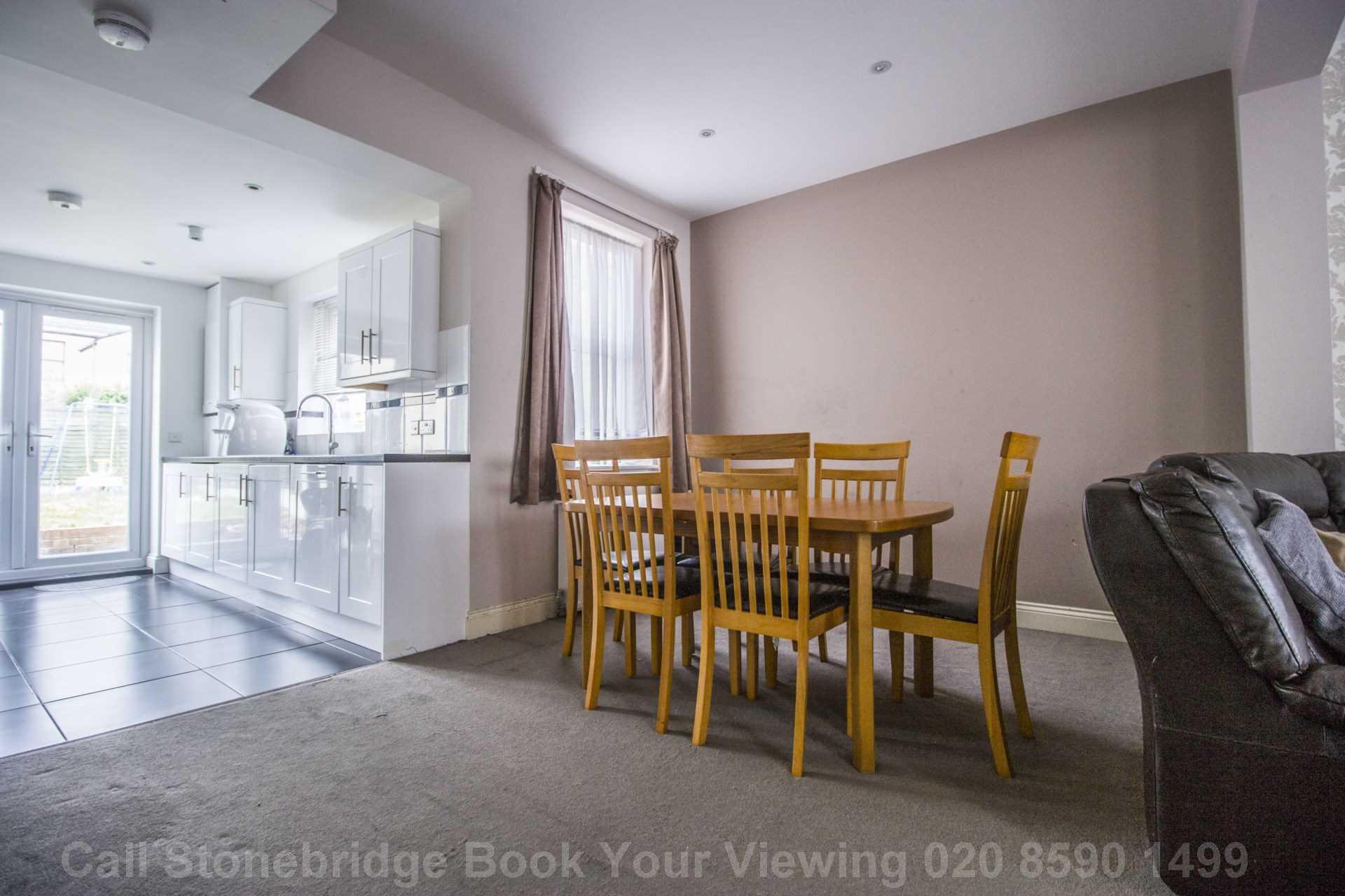 Kenneth Road, Chadwell Heath RM6, Image 4