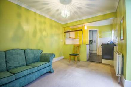 Field Road, Forest Gate, E7, Image 2