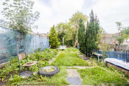 Field Road, Forest Gate, E7, Image 6