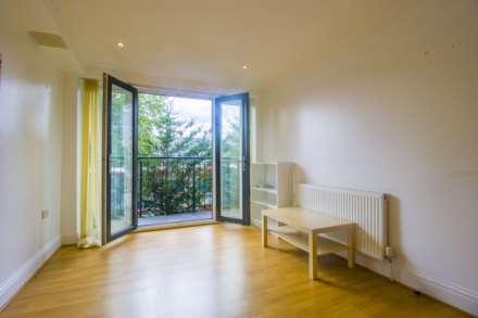 1 Bedroom Flat, Fari Court, Tower Mews, London E17
