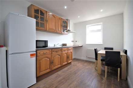 Property For Rent Byron Avenue, Manor Park, London