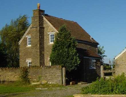1 Bedroom Cottage, Wanstrow