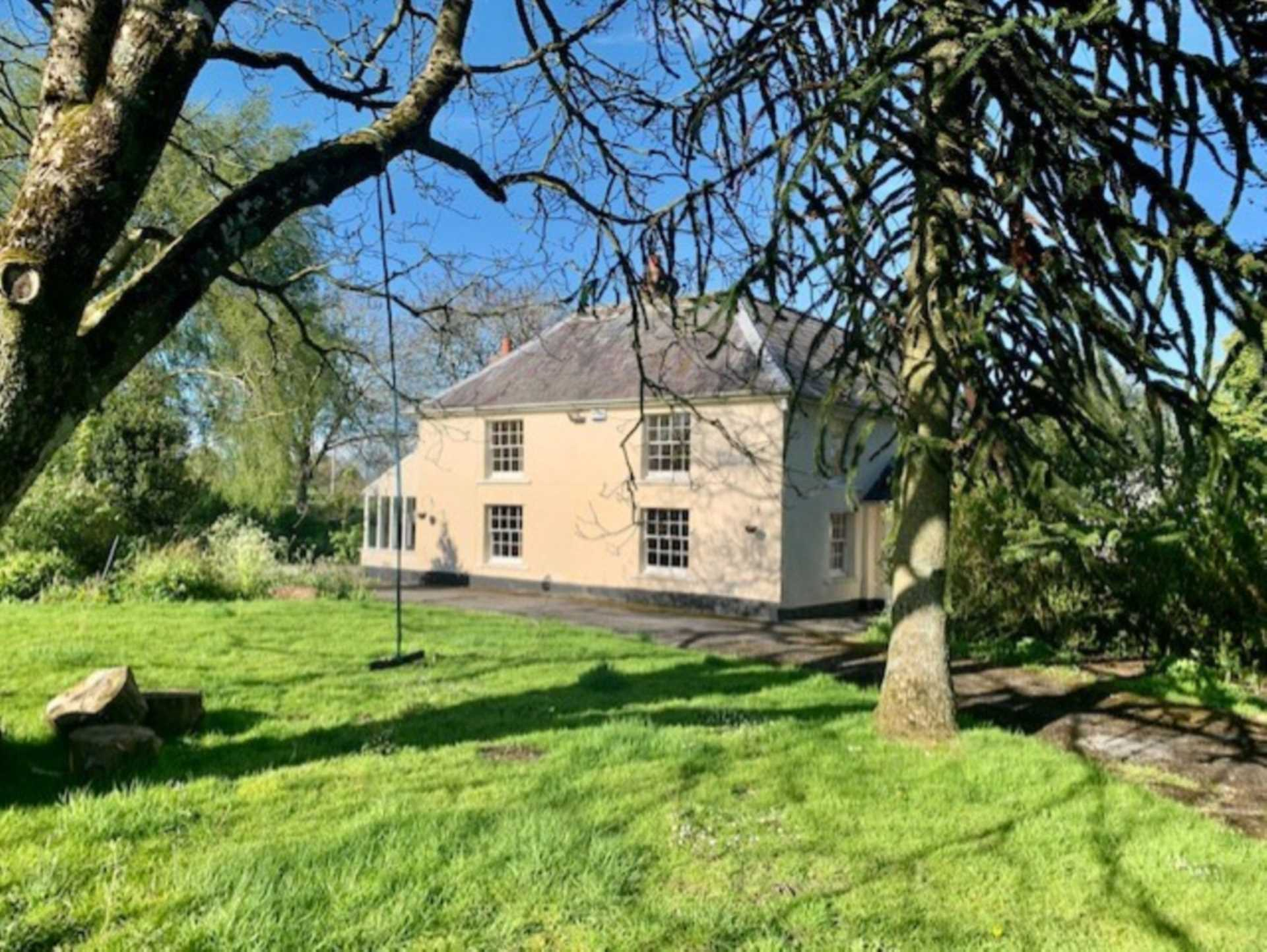 Swallows Property Letting - 4 Bedroom Detached, Kilmington Common, Warminster