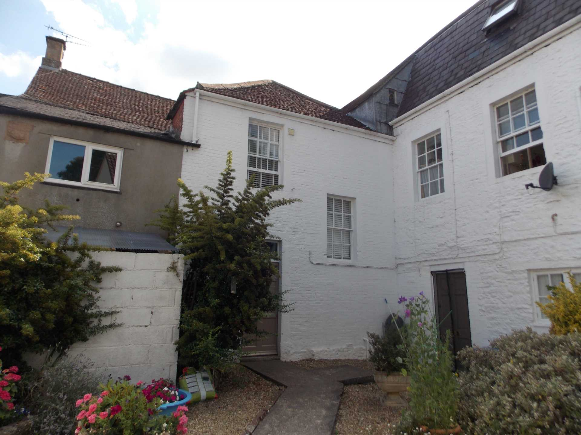 Swallows Property Letting - 1 Bedroom Flat, Christchurch Street East, Frome
