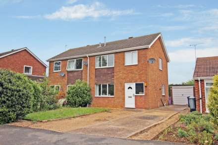 3 Bedroom Semi-Detached, Rivehall Avenue, Welton, Lincoln