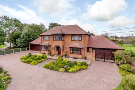 4 Bedroom Detached, Warren Lodge, Scothern Lane, Dunholme