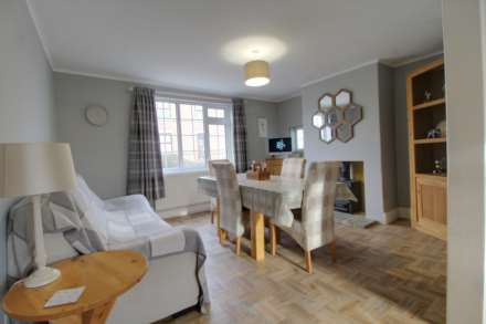 Pleasant Villa, Heapham, Gainsborough - with approx 6 acres sts., Image 11