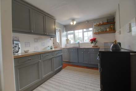 Pleasant Villa, Heapham, Gainsborough - with approx 6 acres sts., Image 12