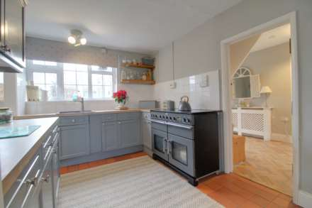 Pleasant Villa, Heapham, Gainsborough - with approx 6 acres sts., Image 13