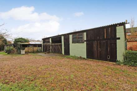 Pleasant Villa, Heapham, Gainsborough - with approx 6 acres sts., Image 23