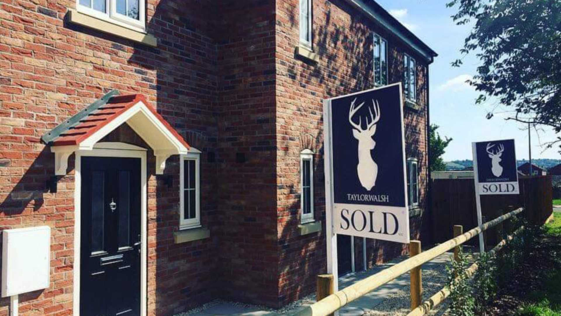 How to handle offers on your property – in Five Steps