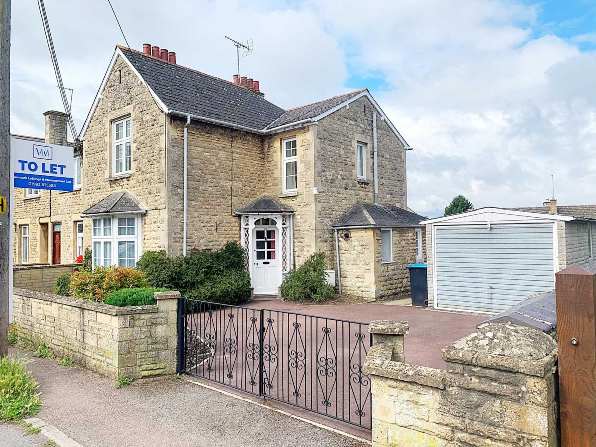 The Crofts, Witney, Image 1