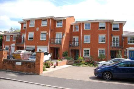 Property For Sale St Georges Mews, Taunton