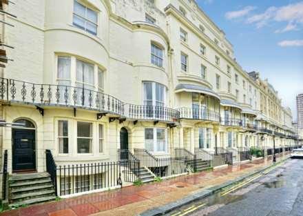 1 Bedroom Flat, Regency Square, Brighton