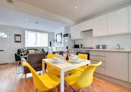 3 Bedroom House, Upper Gardner Street, Brighton