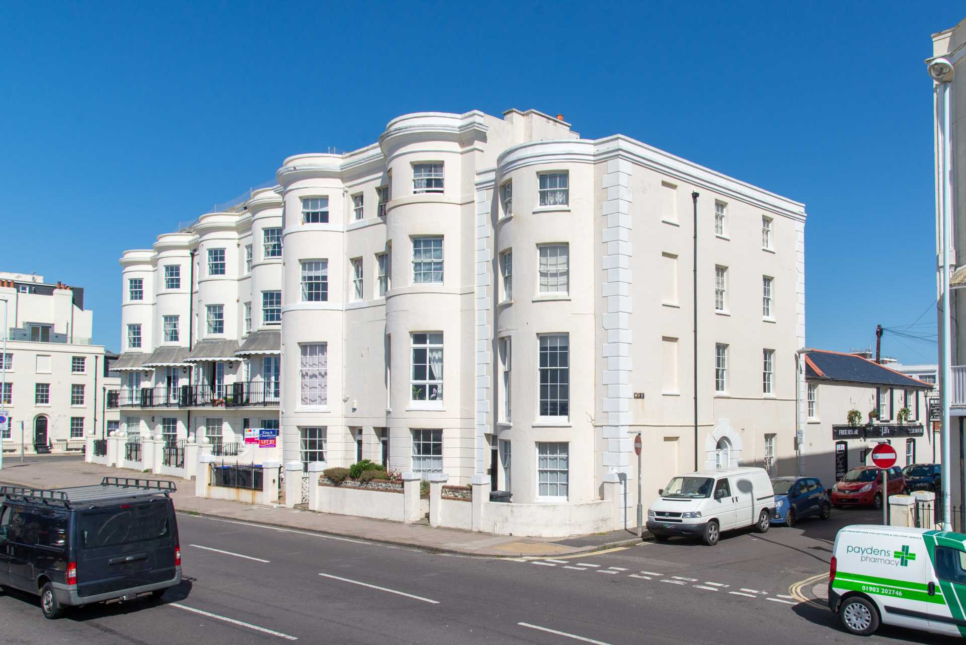 Stunning Worthing Seaview Apartment, Image 6