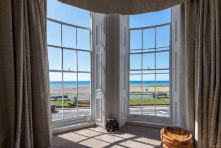 Stunning Worthing Seaview Apartment, Image 1