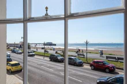 Stunning Worthing Seaview Apartment, Image 7