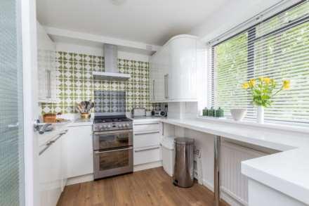 'Preston Park Apartment, Cumberland Road, Brighton'., Image 8