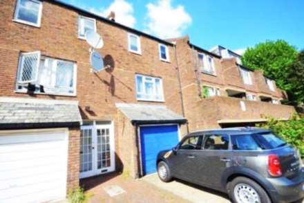 6 Bedroom House, Blackthorn Street, London