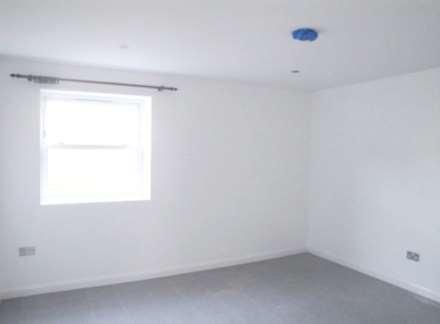 2 Bedroom Flat, Leswin Place, London